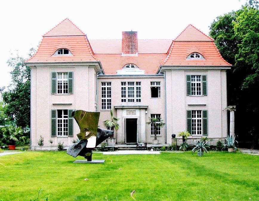 Rückansicht der Villa Thiede